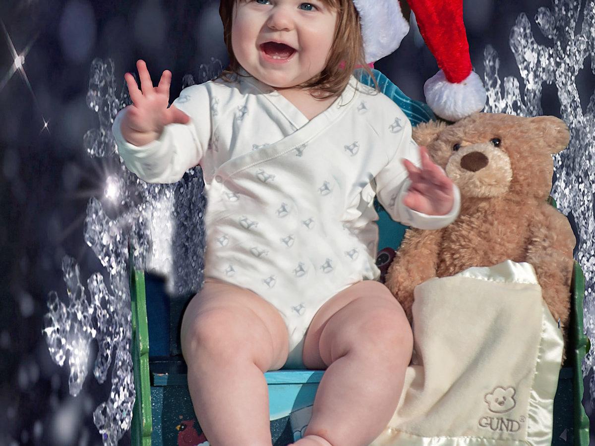 'Merry Christmas Baby' by Photographer Debbi Nelson. © Copyright 2016 Debbi Nelson dba Photograzia