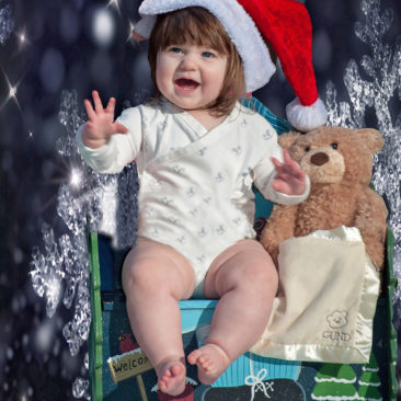 'Merry Christmas Baby' by Photographer Debbi Nelson. © Copyright 2016 Debbi Nelson dba Photograzia